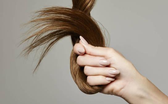 Laminacja włosów, brwi i rzęs – jak wygląda?