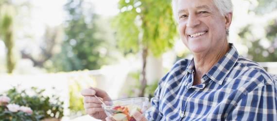Dieta idealna dla seniora. Jaka powinna być?