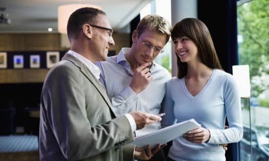 Czy warto zatrudnić pośrednika nieruchomości?