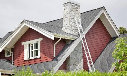 Kiedy i dlaczego warto wykonać poszerzanie komina?