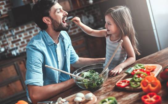 Jak nauczyć dziecko zasad zdrowego odżywiania?