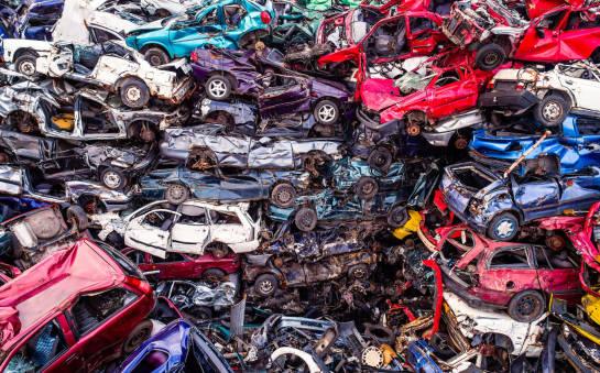 Co się dzieje ze szczątkami samochodu po kasacji?