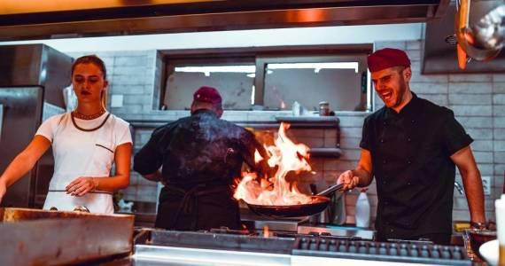 Czym wyróżnia się kuchnia orientalna?