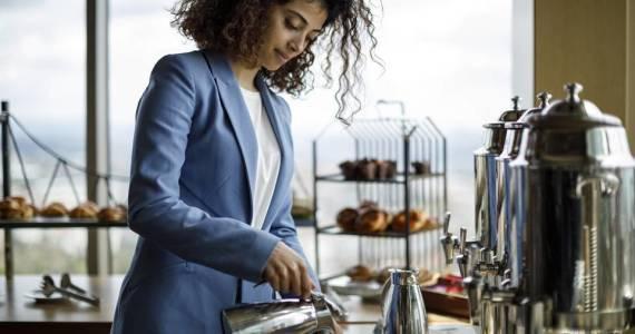 Co i kiedy można zjeść w hotelu?