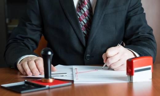 Co składa się na opłaty notarialne?