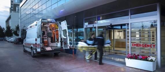 Czy w transporcie medycznym może brać udział osoba towarzysząca?