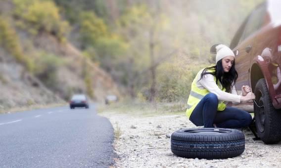Czy kierowcy muszą posiadać kamizelki odblaskowe?