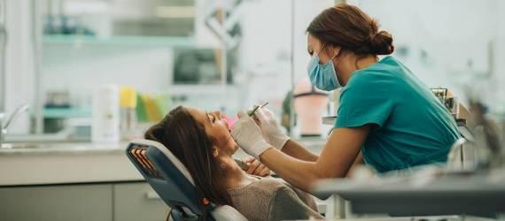 Jakie zabiegi zaliczamy do tzw. stomatologii zachowawczej?