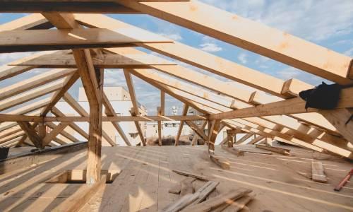 Dlaczego więźba to ważny element konstrukcji dachu?