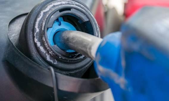 Specjalistyczne zbiorniki na płyn AdBlue