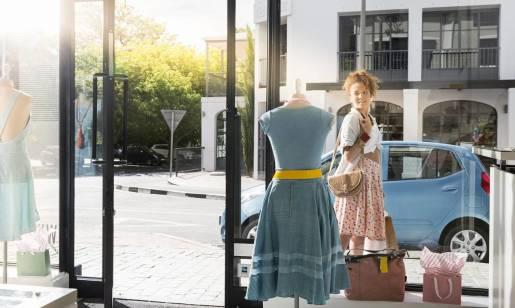 Uniwersalność jako zaleta sukienek midi