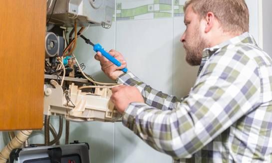 Kiedy warto skorzystać z profesjonalnych usług ciepłowniczych?