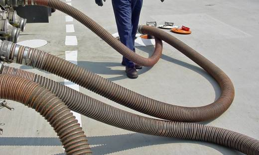 Rodzaje węży przemysłowych. Podział ze względu na materiały i zastosowanie