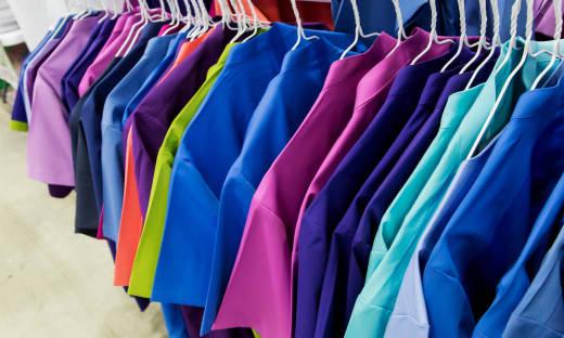 Proekologiczność jako jeden z aspektów produkcji odzieży medycznej
