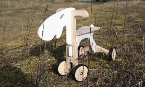 Rodzaje jeździków dla dzieci