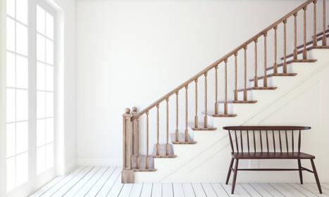 Zalety drewnianych schodów wewnętrznych
