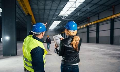 Jak powstają hale produkcyjne? Od projektu do budowy