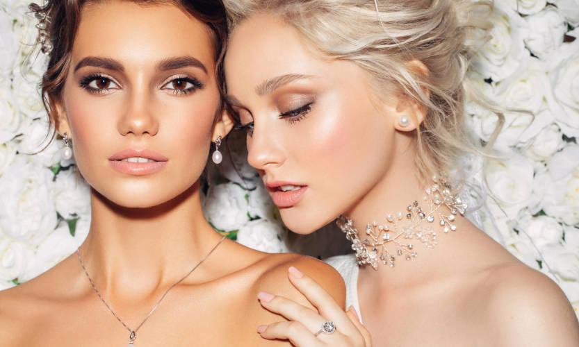 Jaką biżuterię wybrać do sukni ślubnej?
