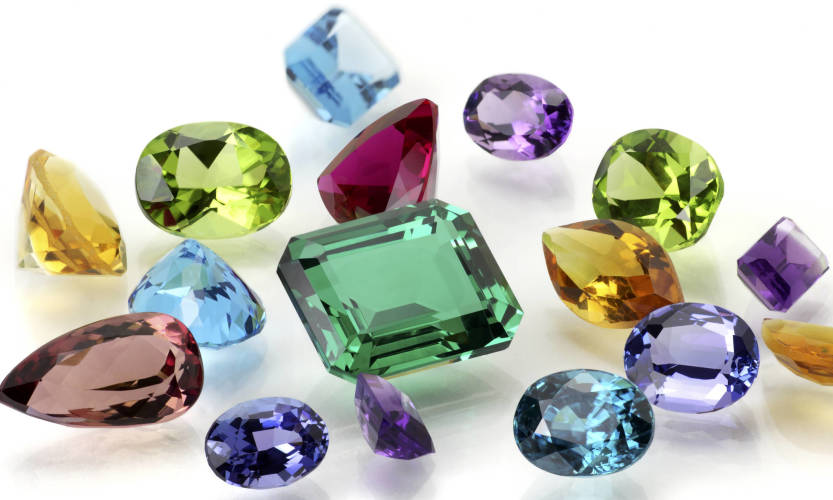 Kamienie szlachetne i ich symbolika – które wybrać?