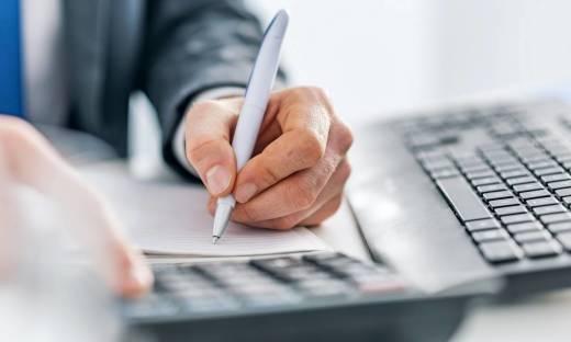 Jak oszczędzić na prowadzeniu księgowości w malej firmie?