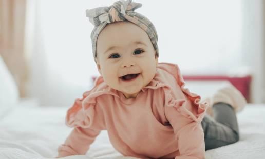 Ubranka niemowlęce idealne dla dziewczynek