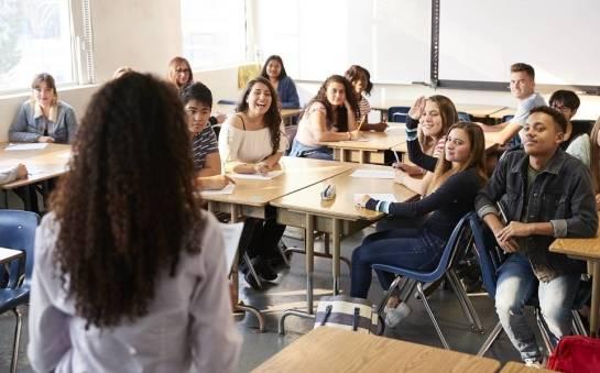 Na czym polega program nauki w liceum za granicą?