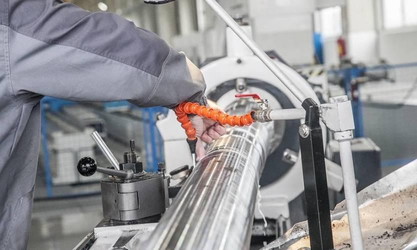 Sprzęty i urządzenia niezbędne do obróbki metali