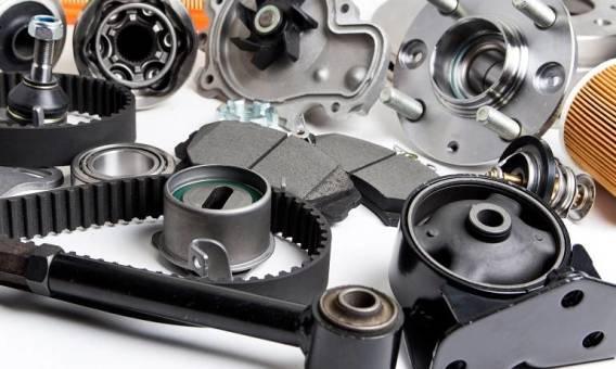 Oryginalne czy zamienniki – które części do samochodów dostawczych wybrać?