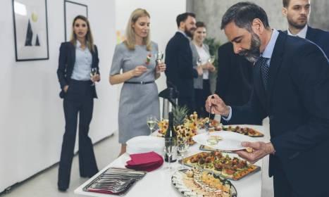 Dobry catering gwarancją udanej konferencji biznesowej