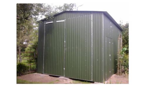 Zastosowanie wiat stalowych w przydomowym ogrodzie