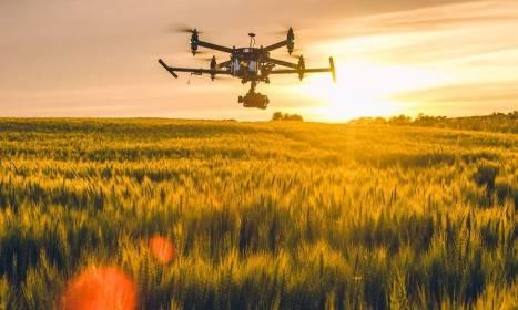 Dlaczego warto zrobić kurs na drona?
