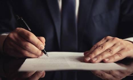 Usługi notarialne związane z obrotem nieruchomościami