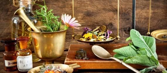 Dlaczego warto korzystać z preparatów ziołowych?