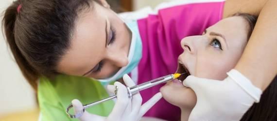 Bezbolesne leczenie zębów. Rodzaje znieczuleń