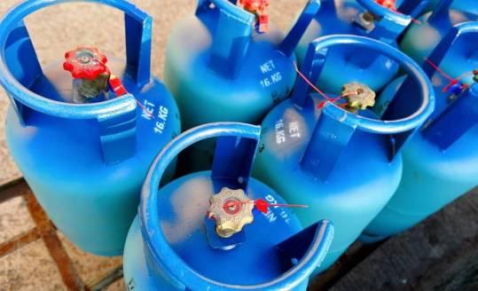 Jak zaopatrzyć się w gaz płynny do ogrzewania domu?