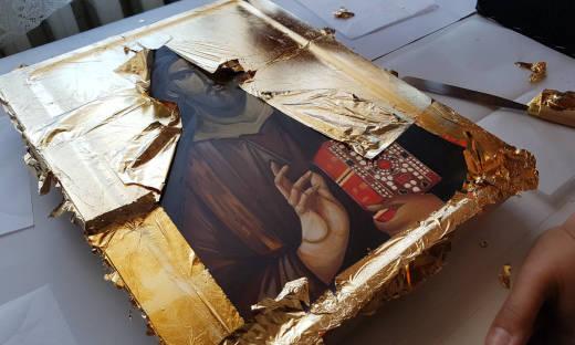 Renowacja ram obrazów pastą pozłotniczą – jak się do tego zabrać?