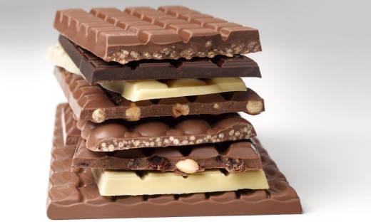 Rodzaje czekolady. Co wypada o nich wiedzieć?