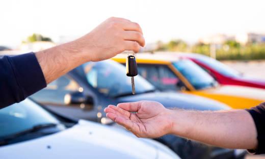 Różnice między komisem a skupem samochodów