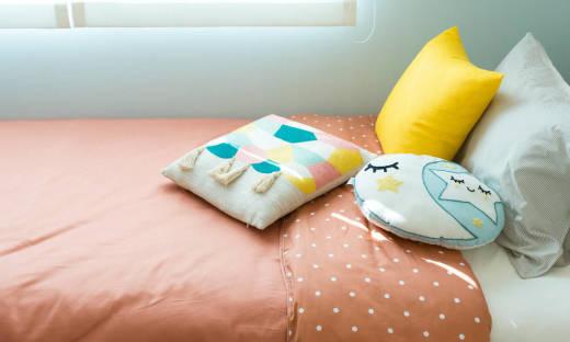 Poduszki dekoracyjne, których szuka młodzież