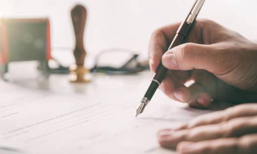 Notarialne poświadczenie podpisu. Co to takiego?