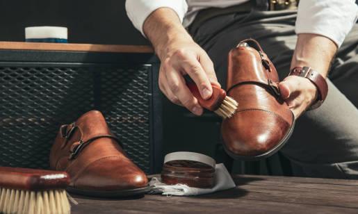 Jak rozchodzić i dbać o buty skórzane? Wskazówki