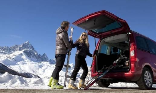 Niezbędne akcesoria na wypad narciarski