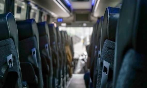 Jakie standardy powinny spełniać busy do przejazdów osobowych?