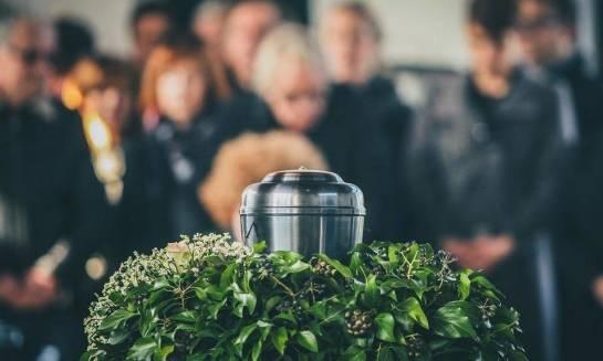 Na czym polega pogrzeb z kremacją