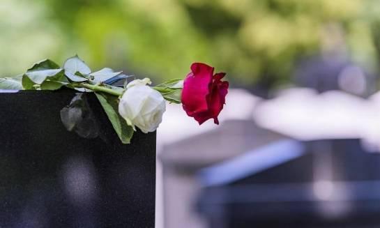 Co obejmują koszty organizacji pogrzebu?