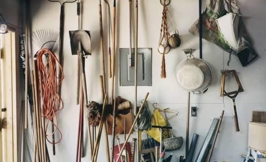 Jakich narzędzi nie może zabraknąć w żadnym ogrodzie?