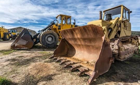 Awaria maszyny nie musi oznaczać przestoju budowy. Sięgamy po sprzęt z wypożyczalni