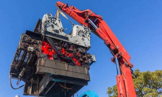 Przeprowadzka maszyn krok po kroku - od demontażu do ponownego montażu