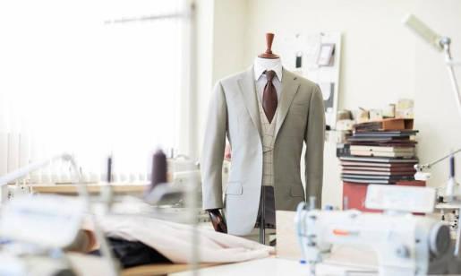 Dlaczego warto zamawiać ubrania szyte na miarę?