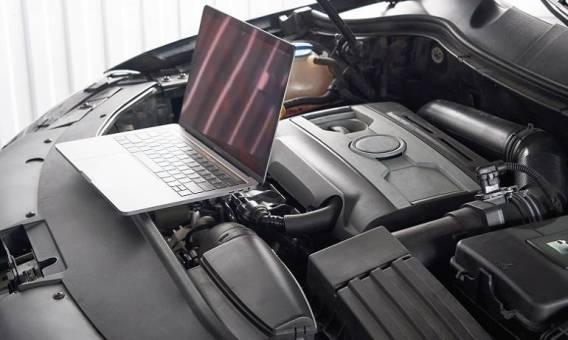 Na czym polega komputerowa diagnostyka samochodów?